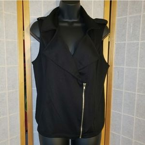 *WORN ONCE* Black Asymmetrical Zippered Vest